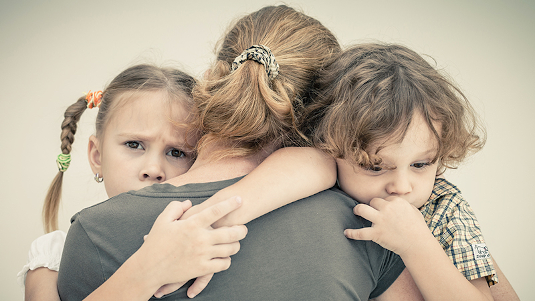 Faithful Mom of 6 Has 'Angels' Looking After Her When Husband Abandons Them