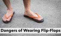 If You Wear Flip Flops Every Day, This Doctor's Warning Will Blow Your Mind