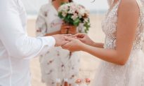 Bride Turns to Groom's Ex-Girlfriend at Wedding to Make a Powerful Vow to Her