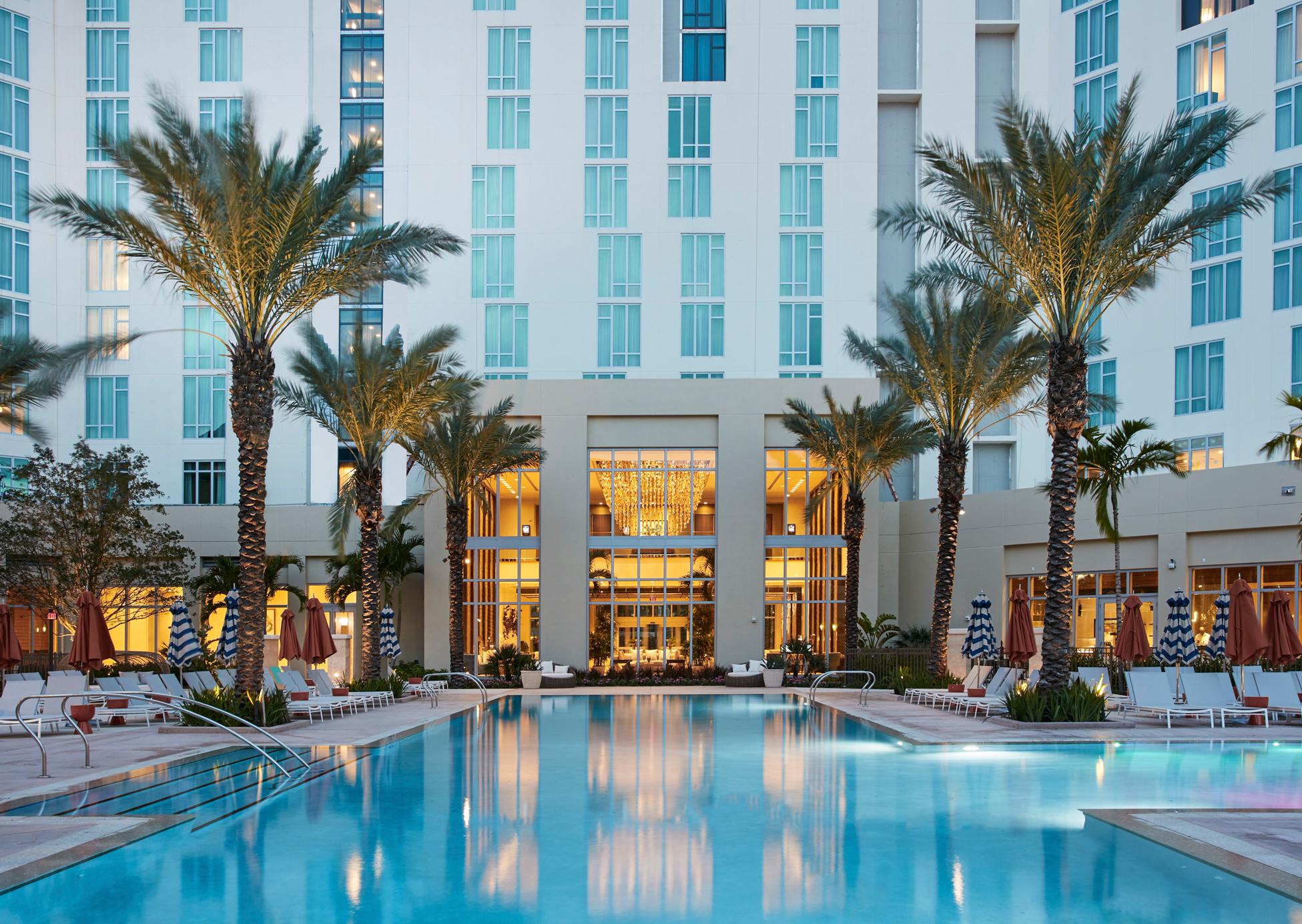 Hilton_West_Palm_Beach__Pool_Dusk.jpg (1)