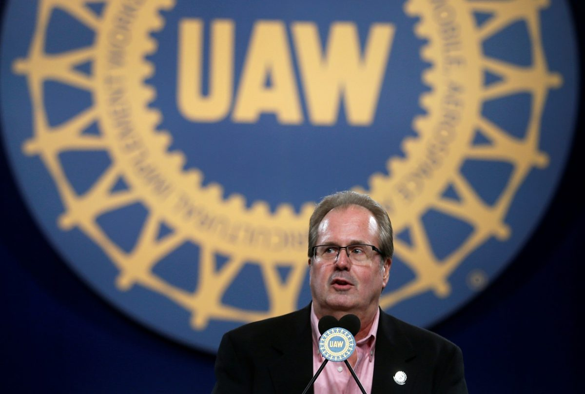FBI Raids UAW Chief's Detroit-Area Home in Widening Graft Probe