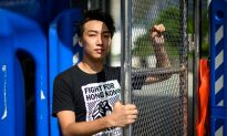 Hong Kong Protest Organizers Attacked by Thugs Wielding Baseball Bat, Metal Poles