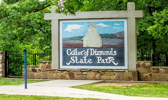 Woman Finds 3.72-Carat Yellow Diamond at Crater of Diamonds State Park
