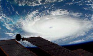 Hurricane Hunters Spot 'Stadium Effect' in Dorian's Eye