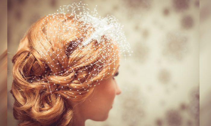 Stock image of a bride. (Debowscyfoto/Pixabay)