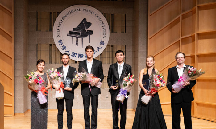 Winners of 2019 NTD International Piano competition. (Dai Bin/The Epoch Times)