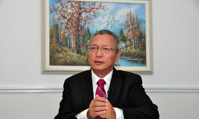 Xie Weidong, a former Supreme Court judge in China who now lives in Toronto, in a file photo. (The Epoch Times)