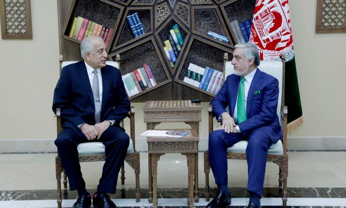 U.S. special representative for Afghanistan, Zalmay Khalilzad (L), meets with Afghanistan Chief Executive Abdullah Abdullah in Kabul, Afghanistan Sept. 2, 2019. (Afghan Chief Executive office/Handout via Reuters)