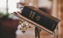 Voodoo Priest Claims Discrimination in Lawsuit Against Bible School