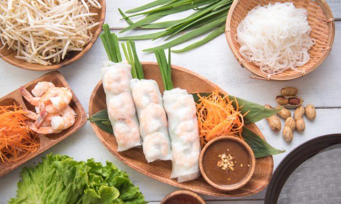 Vietnamese summer rolls, goi cuon. (Shutterstock)