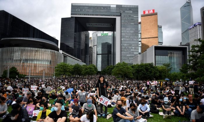 Protesters attend a rally at Tamar Park in Hong Kong on Sept. 2, 2019.  (LILLIAN SUWANRUMPHA/AFP/Getty Images)