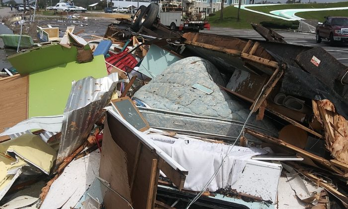 Extensive storm damage in Emerald Isle, N.C., after a tornado touched down, on Sept. 5, 2019. (Daniel Shepherd/CNN)