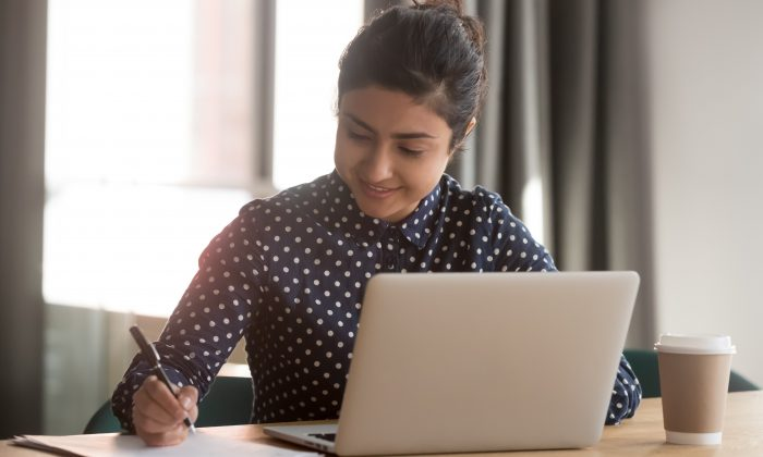 Taking some time before work to sit and reflect on your goals, plan your activities, and envision the flow of your day's tasks can help you reattach to work and keep you engaged for the rest of the day.  (fizkes/Shutterstock)