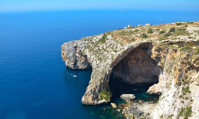 The spectacular Blue Grotto in southeast Malta. (ViewingMalta.com)