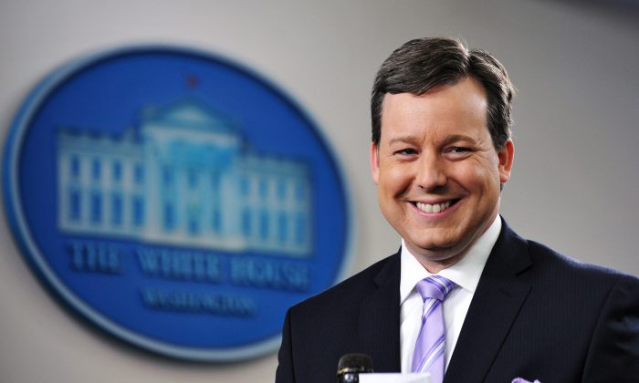 Ed Henry prepares to do a stand-up on Dec. 8, 2011 in the Brady Briefing Room of the White House in Washington, DC. (MANDEL NGAN/AFP/Getty Images)
