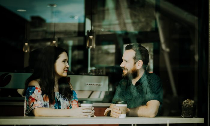 """Franklin framed a good conversationalist as one who """"hear[s] much""""—in other words, a good listener. (Christin Hume/Unsplash)"""