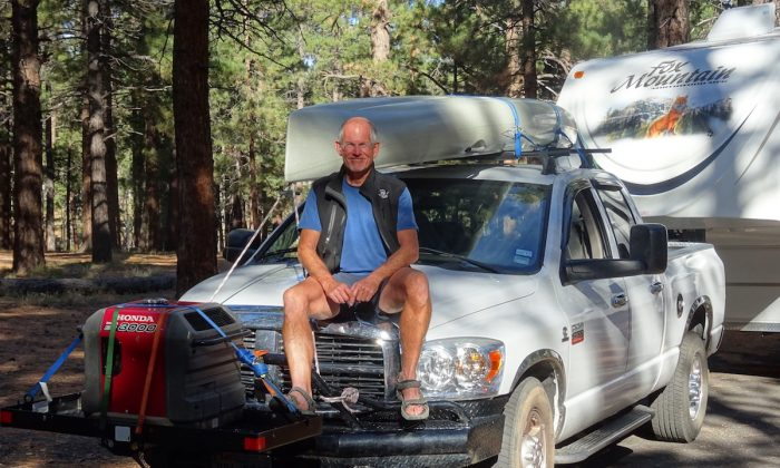 Murray Keith Wadsworth with his RV. (Courtesy of Murray Keith Wadsworth)