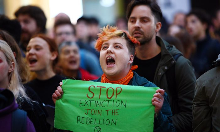 Protesters calling for action on climate change at Melbourne Central in Melbourne, Australia, on Sept. 6, 2019. (Graham Denholm/Getty Images)