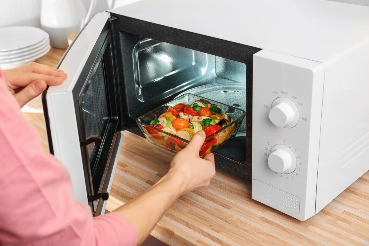 Studies Show Microwaves Drastically Reduce Nutrients