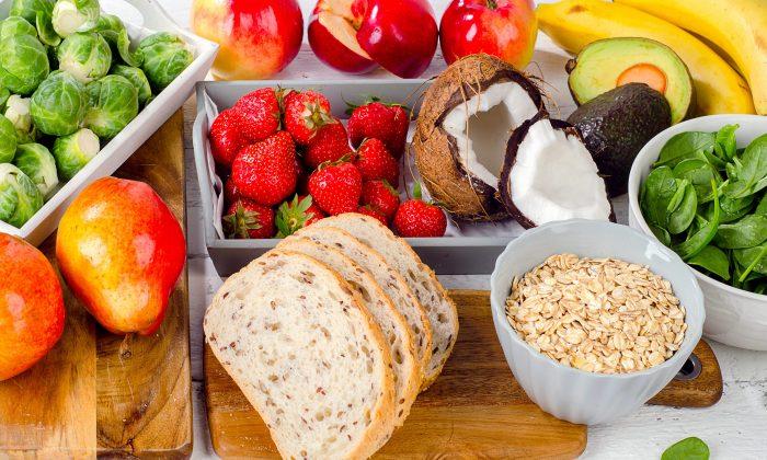 A high fiber diet is a key way to reduce your bowel cancer risk.  (bitt24/Shutterstock)