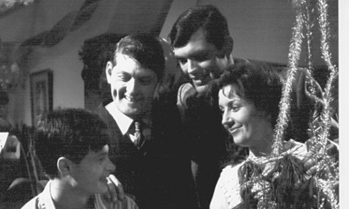 The Sullivans, from left Richard Morgan as Terry, Paul Cronin as Dave, Andrew McFarlane as John, and Lorraine Bayley as Grace. (Crawfords Australia/AAP)