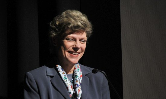 ABC Journalist Cokie Roberts Dead at 75, Says Family
