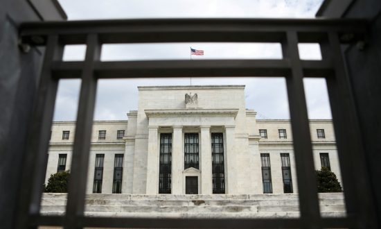 US Federal Reserve Floods Markets with Liquidity on Repo Banking Panic