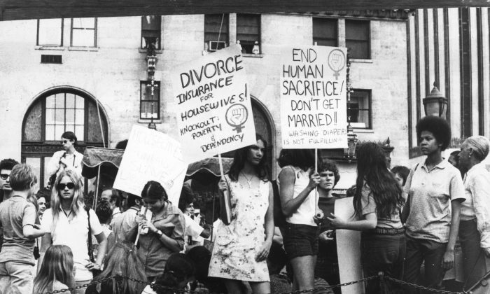 26th August 1970:  A women's liberation demonstration in New York.  (Photo by Keystone/Getty Images)