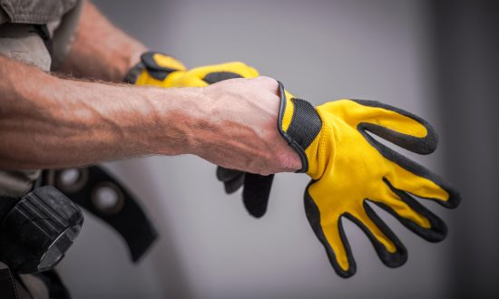 Kenyan Inventor Creates Gloves That Translate Sign Language to Audible Speech for the Deaf