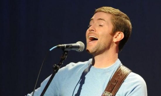 1 Dead, 7 Hurt After Tour Bus Carrying Country Singer Josh Turner's Road Crew Crashes: Officials