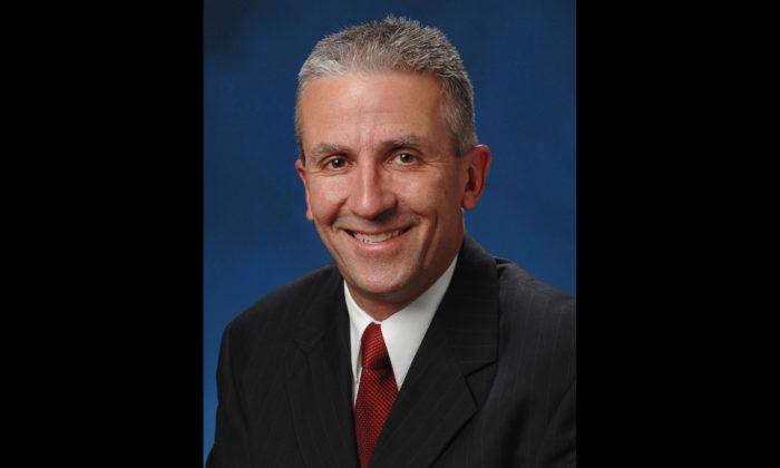 Undated photo of Pennsylvania State Senator Mike Folmer, circa 2010. (Pennsylvania Senate Republican Caucus, CC BY 3.0 ept.ms/2FZU1oT)