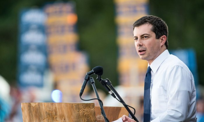 South Bend, Indiana, Mayor Pete Buttigieg on the campaign trail n South Carolina on Sept. 16, 2019. (Sean Rayford/Getty Images)