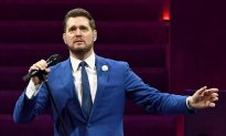 Michael Bublé's Emotional Carpool Karaoke Talk on Son's Cancer Battle (Flashback Video)