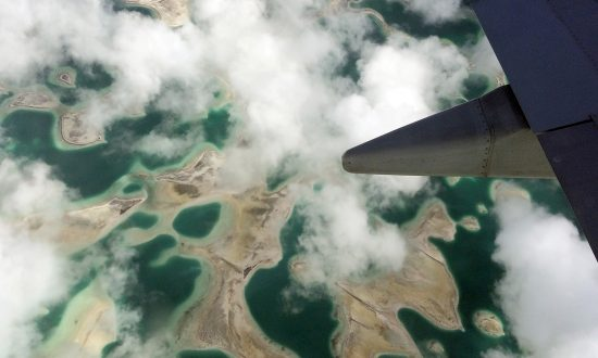Taiwan Cuts Ties With Kiribati Amid China Tension