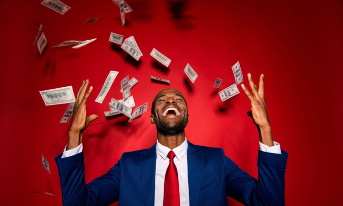 Free money might sound like a dream come true, but it won't make you as happy as appreciating what you already have. (Roman Samborskyi/Shutterstock)