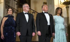 Americans, Australians Gather in White House Rose Garden for State Dinner