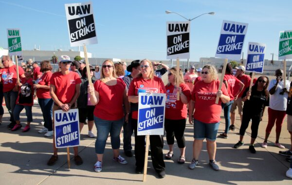 General Motors assembly workers picket outside the shuttered Lordstown Assembly plant during the United Auto Workers (UAW) national strike in Lordstown, Ohio