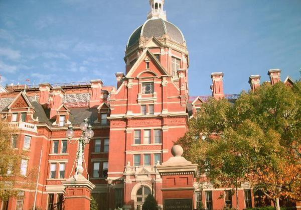 Johns Hopkins Memorial Hospital on Sept. 26, 2012. (Lizardraley99 via Wikimedia Commons)