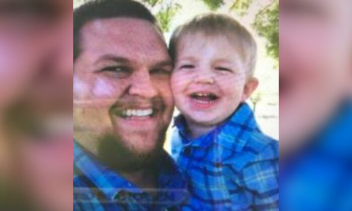 Steven Weir (L) abducted his son John Weir, 2, authorities said. (California Highway Patrol)