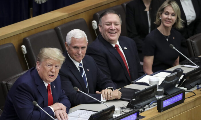 (L-R)  U.S. President Donald Trump, U.S. Vice President Mike Pence, U.S. Secretary of State Mike Pompeo and U.S. Ambassador to the United Nations (U.N.) Kelly Craft attend a meeting on religious freedom at U.N. headquarters in New York City on Sept. 23, 2019. (Drew Angerer/Getty Images)