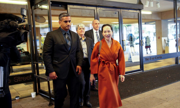Huawei Technologies Chief Financial Officer Meng Wanzhou leaves for a lunch break during a hearing at British Columbia supreme court, in Vancouver, British Columbia, Canada on Sept. 23, 2019. (Lindsey Wasson/Reuters)