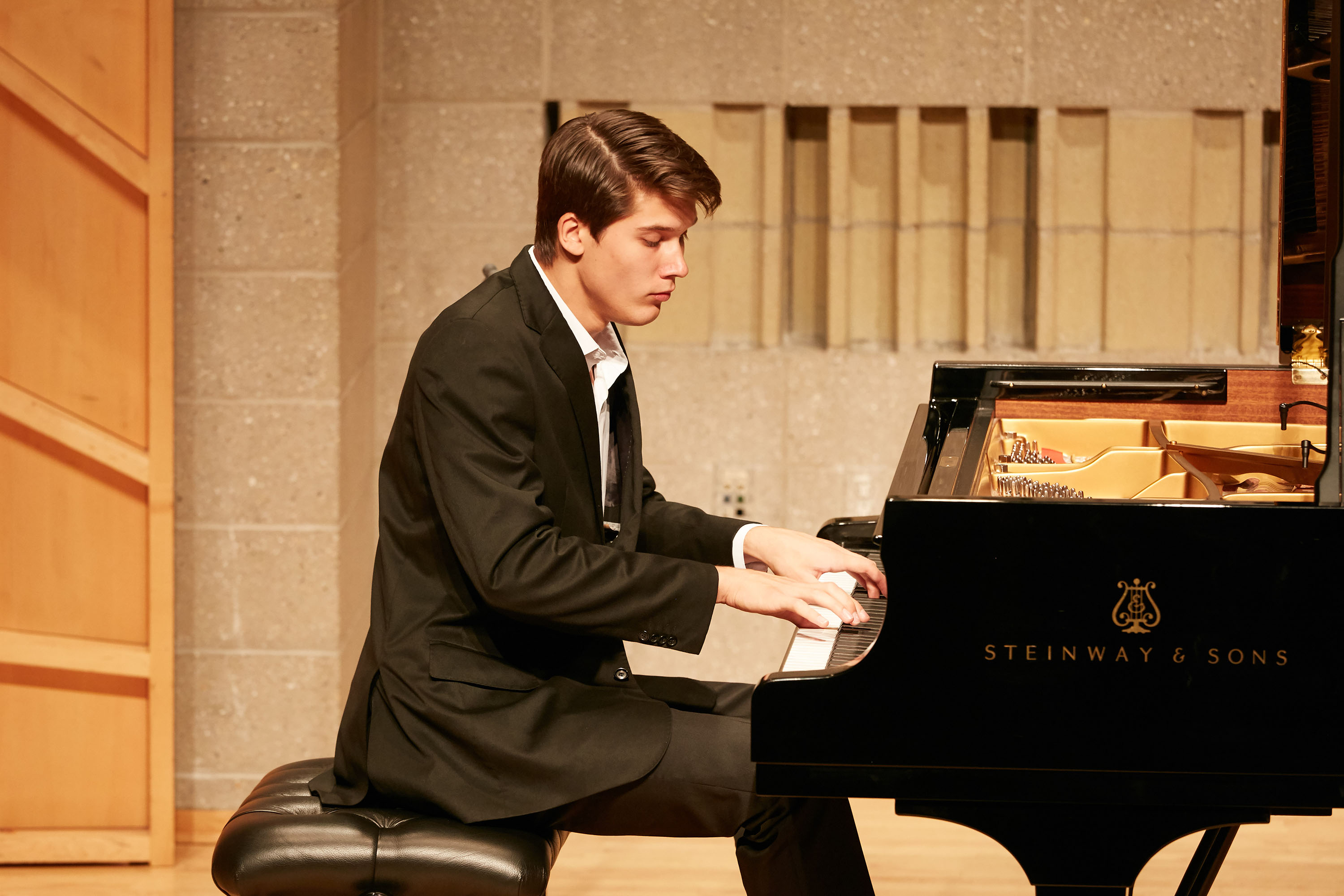 Vladimir Petrov from Mexico at the NTD International Piano Competition in New York. (Epoch Times)