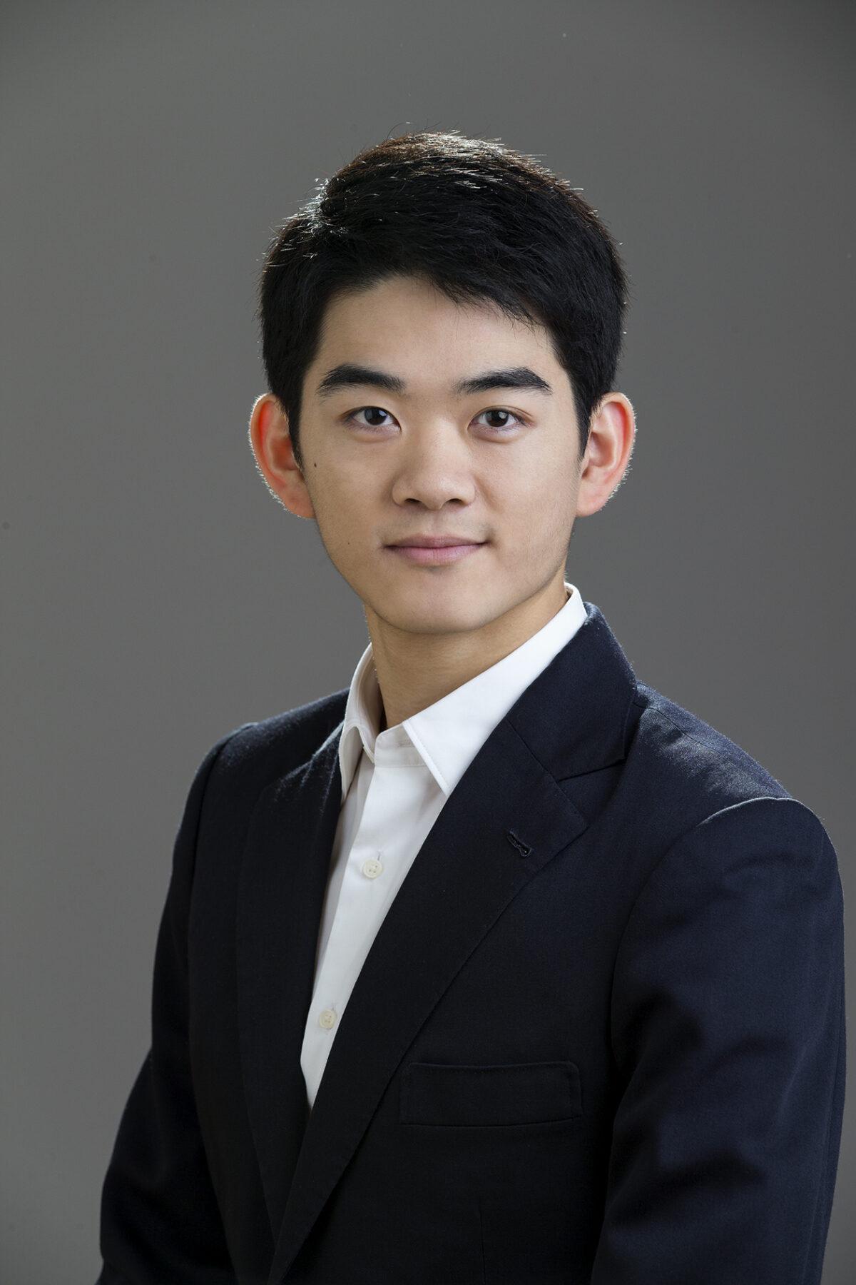 Victor Li_headshot