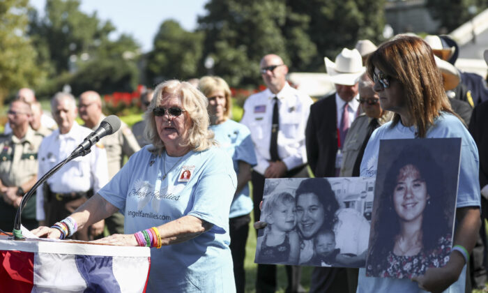 Angel mom Vickie Lyon speaks at an event for Angel families and sheriffs outisde the Capitol building in Washington on Sept. 25, 2019. (Samira Bouaou/The Epoch Times)