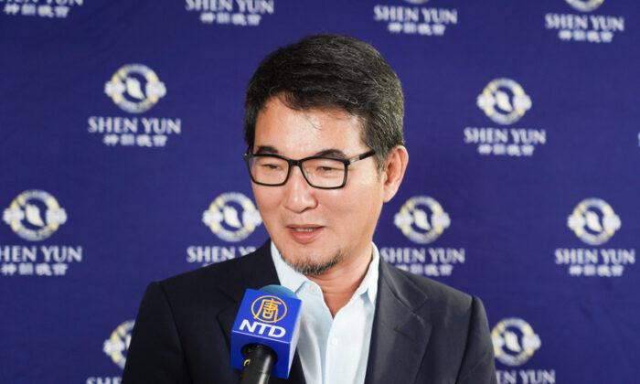 Shen Yun Music 'Cleanses the Soul,' Taiwanese Legislator Says