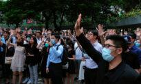 Hong Kong Office Workers, Schoolmates Denounce Police Shooting of Teen
