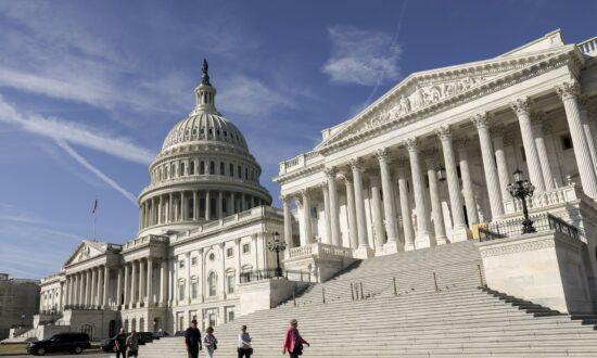GOP Senators Introduce Legislation to Move 90 Percent of Federal Jobs out of DC
