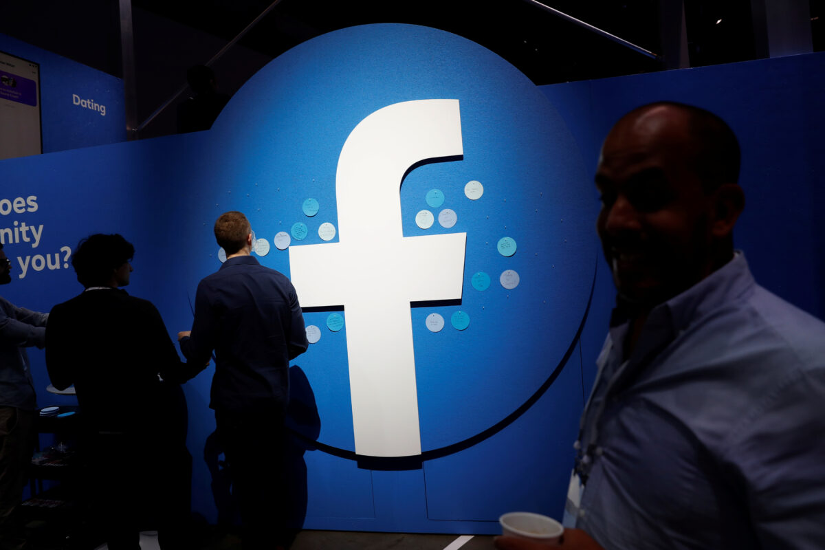 Facebook Fact-Checkers Dominated by Left-Leaning Funding, Personnel, Organizations