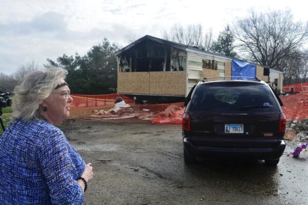 Illinois Fire Five Dead