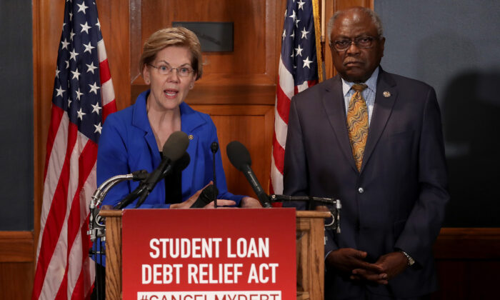 Sen. Elizabeth Warren (D-Mass.) speaks during a press conference on Capitol Hill in Washington on July 23, 2019. Rep. Jim Clyburn (R) (D-S.C.) also pictured.  (Win McNamee/Getty Images)